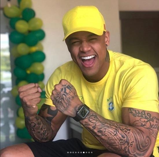 Cachê do Léo Santana