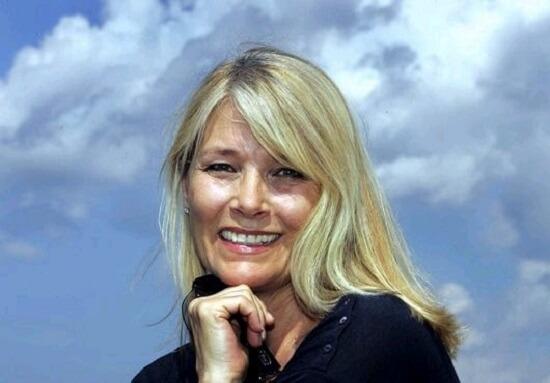 Janet Agren Idade, Altura e Peso