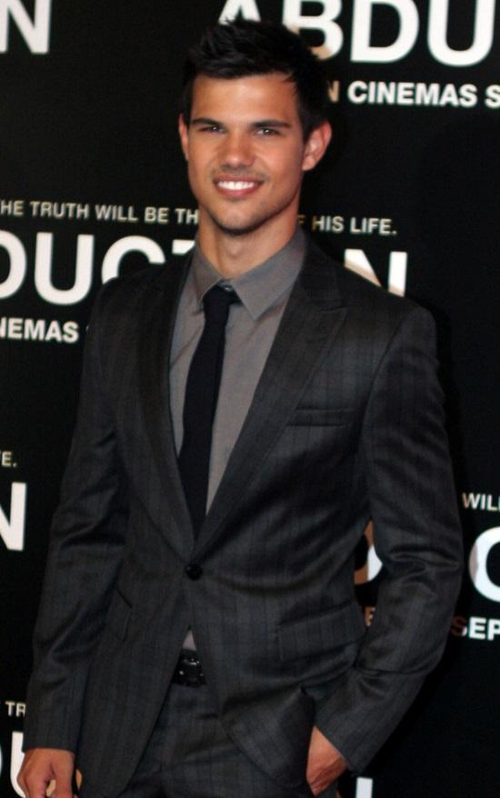 Taylor Lautner Idade, Altura e Peso